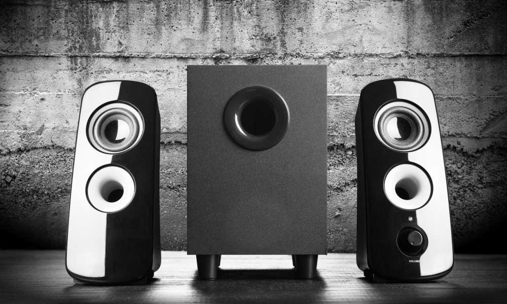 Studio Monitors vs Computer Speakers