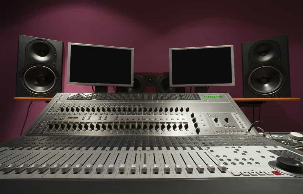 Can You Use Studio Monitors For Regular Speakers: Differentiating the Resonance