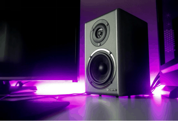 6 Cheap Studio Monitors with Good Bass